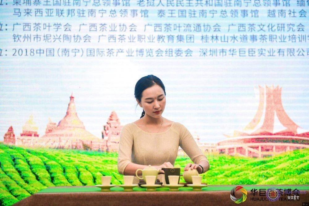 Chuyên gia Trần Thanh Trang và hành trình đến với trà đạo
